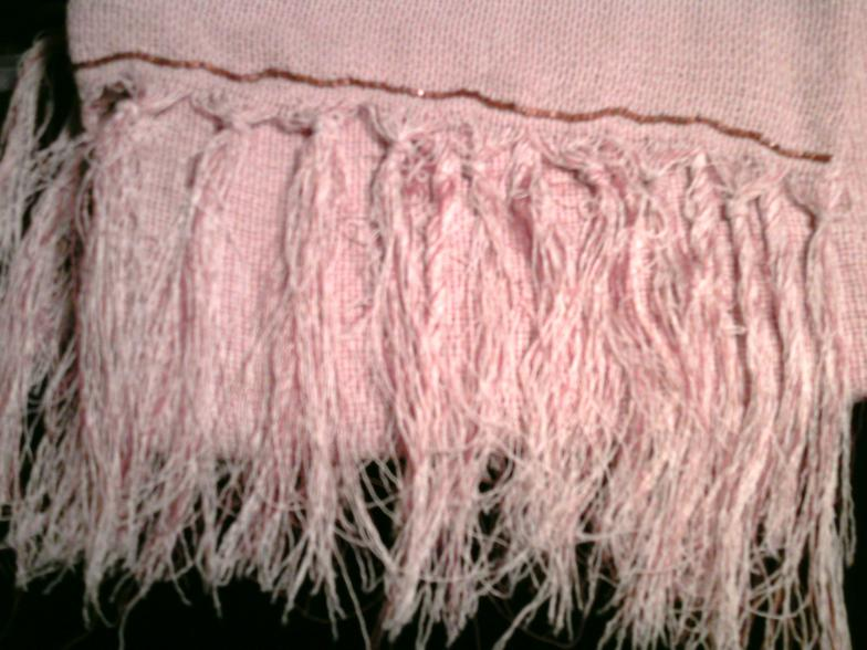 Coarse woven buckwheat fringed scarf